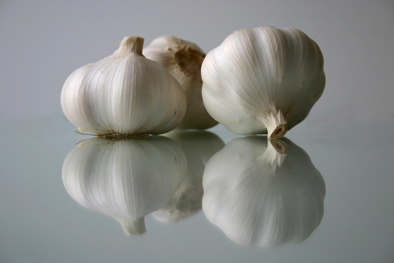 garlic-to-get-rid-of-dandruff